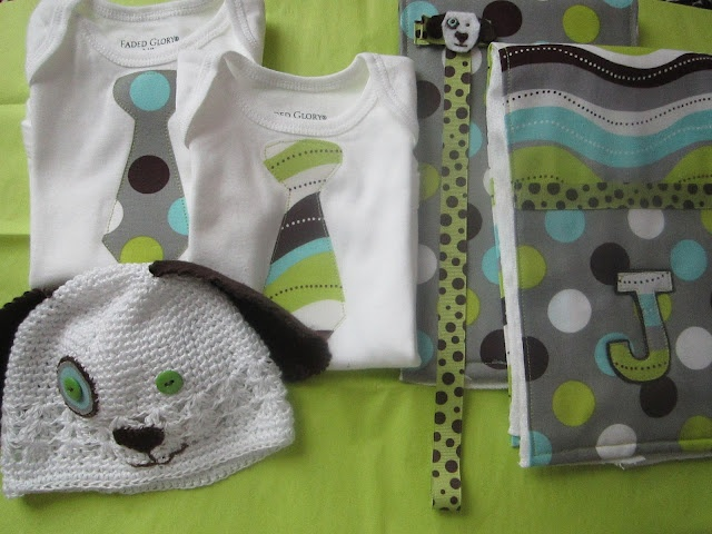 Baby Gift Ideas For Boy Or Girl : Easy diy baby boy gift set ideas quilts sewing