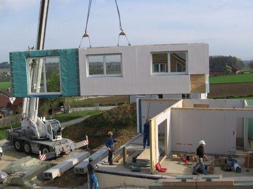 внутренние и внешние стены домов