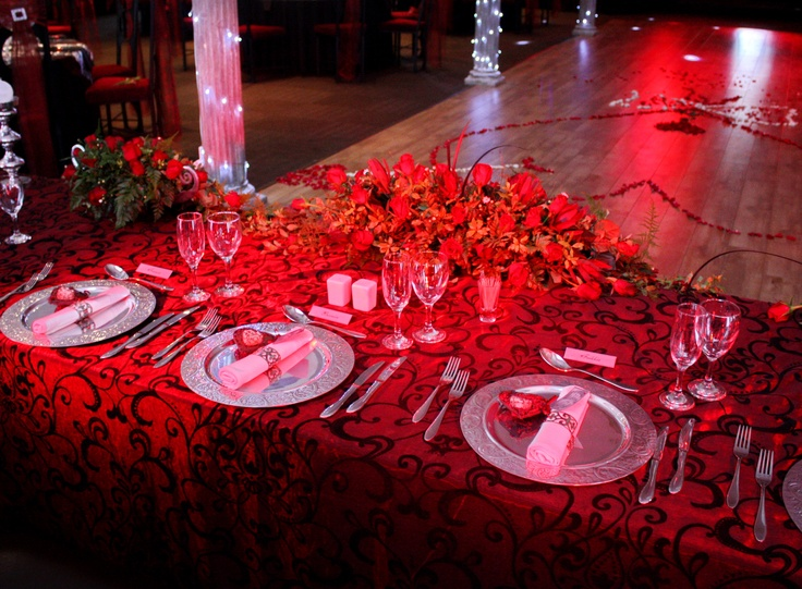 valentine's day wedding decor