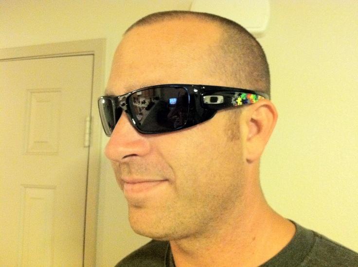 mens oakley fuel cell sunglasses