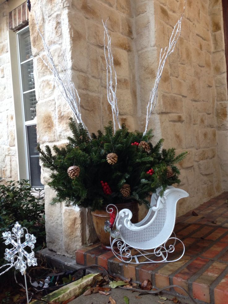 Front porch decor for Christmas | cherished things | Pinterest