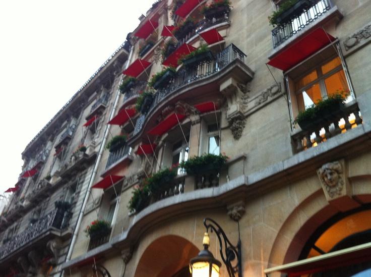 Hôtel plaza athénée paris france