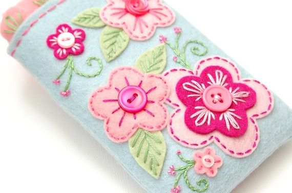Gadget cozy - lovely embroidery