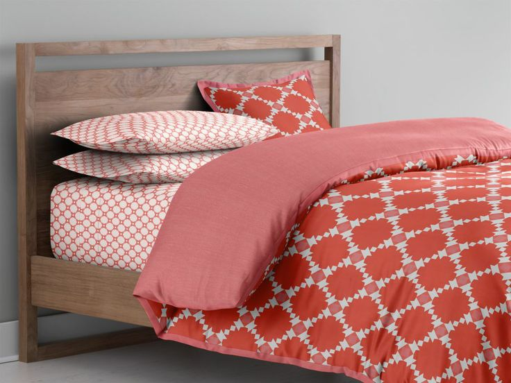 Bedding planner crate and barrel house pinterest for Crate barrel comforter