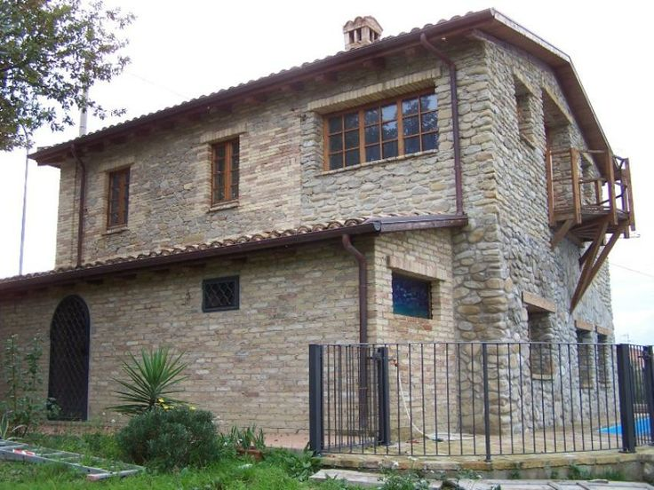 Abruzzo italian holiday homes and investment property for sale