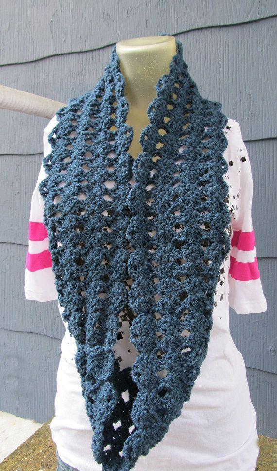 Free Crochet Shell Shawl Patterns : crochet mamas blog: Simple Shell Stitch Infinity Scarf ...