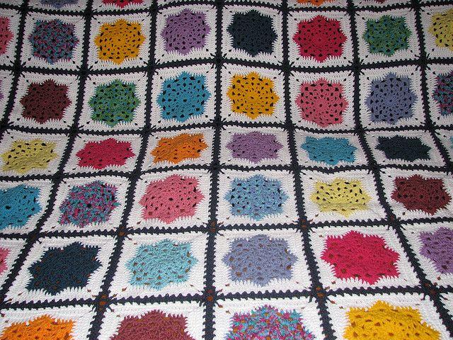 Free Crochet Snowflake Potholder Pattern : Lindas Snowflake Potholder Stitch patterns for knitting ...