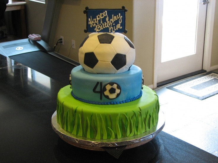 Cake Decor And More 1220 Wien : Fondant Soccer Cake pasteles de deportes Pinterest
