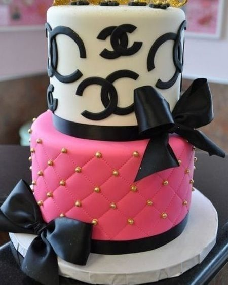 Birthday Cake Pictures Chanel : Chanel birthday cake Beautiful cakes !!! Pinterest