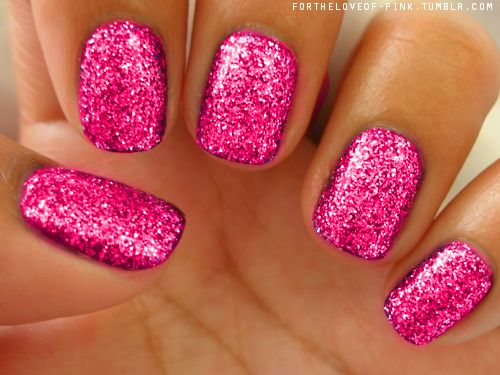 i love hot pink! and glitter nails!!