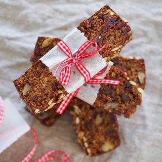 Spiced Carrot & Date Breakfast Loaf | sorta healthy treats... | Pinte ...