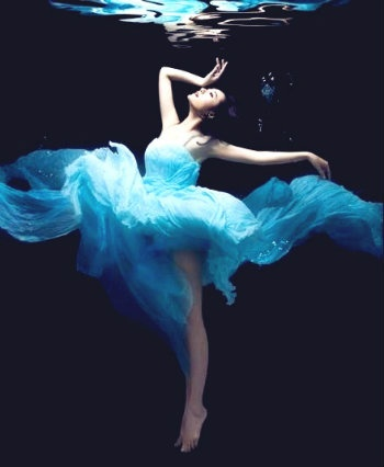 Dazzling blue wedding dress