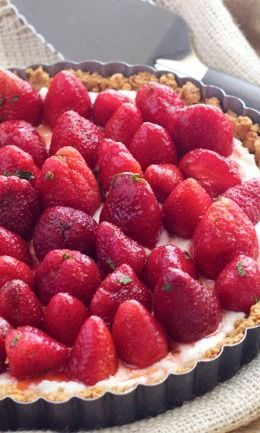 Strawberry Mint Ricotta Tart | Recipe