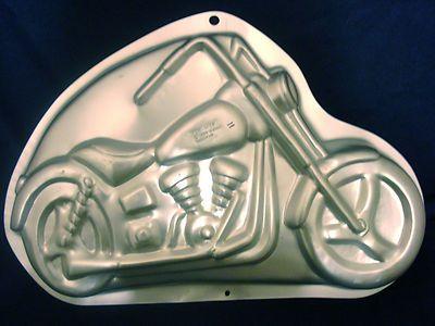 Cake Art Motorcycle Cake Pan : Wilton Motorcycle Harley Cake Pan 2105-2025 1999 w ...