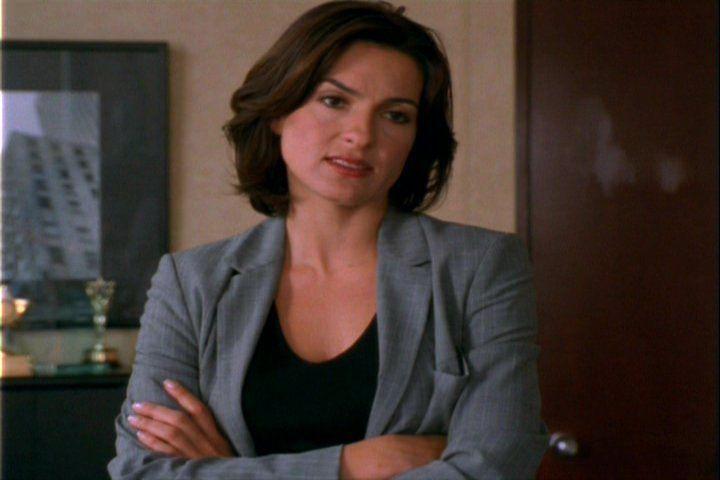 Olivia Benson Season 1 Hair... Solid