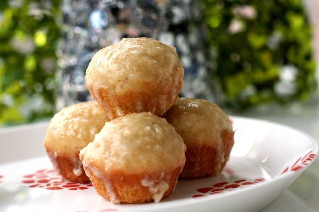 Mini Eggnog Doughnut Muffins | Delicious Desserts and Scrumptious Swe ...