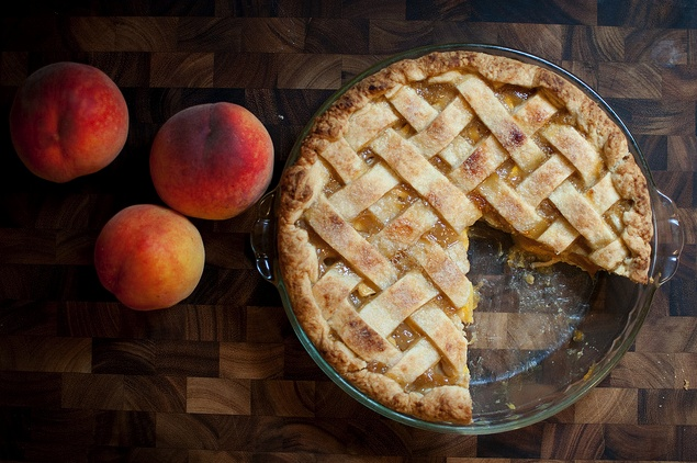 Vanilla Peach Pie | Millions of Peaches Peaches for Me | Pinterest