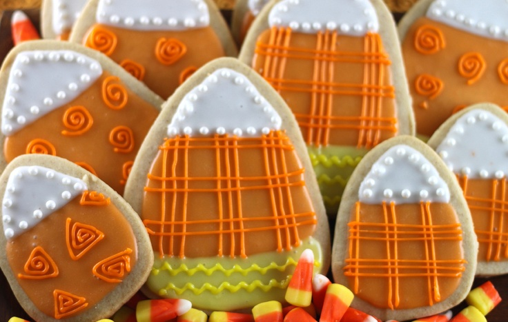 Pumpkin Spice Sugar Cookies with Glaze Icing - gotta try the recipe ...