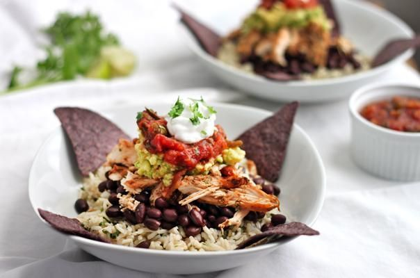 Recipe: Healthy Shredded Chicken Burrito Bowl
