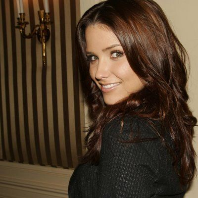 Sophia Bush - Smokin! And I love her raspy voice!