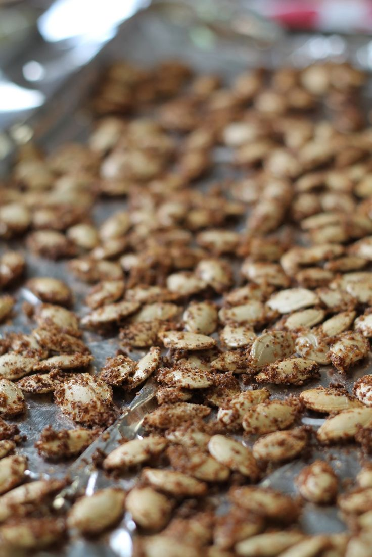 Sweet and spicy garlic bbq pumpkin seeds | Recipes | Pinterest