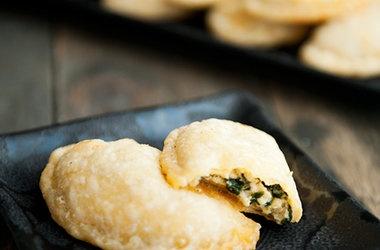 Spinach Cheese Empanadas Recipes | Recipes | Pinterest