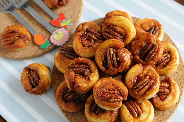 Tiny Sticky Pecan Bites | food | Pinterest