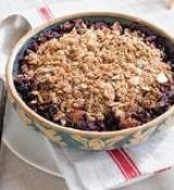 NUTTY BLUEBERRY & PEAR CRISP: The perfect use of fresh summer fruit # ...