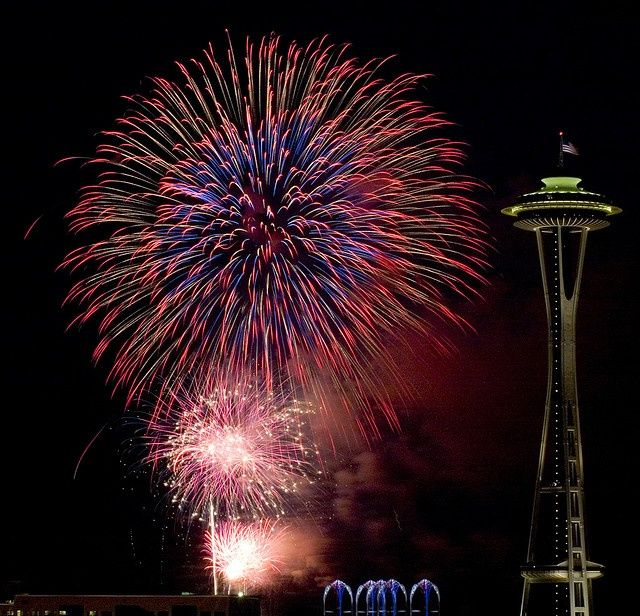 seattle 4th of july nightlife