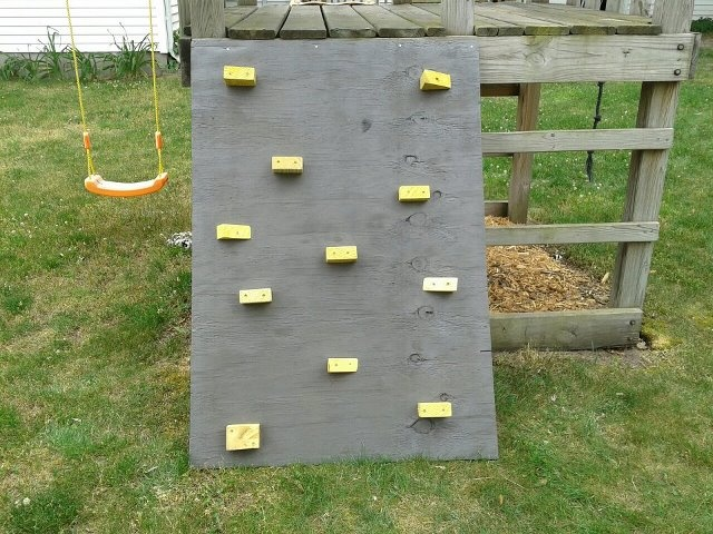 DIY climbing wall for the porch The yard project Pinterest