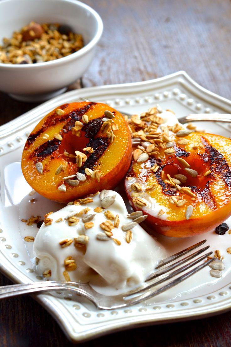 Grilled Peaches with Honey Vanilla Greek Frozen Yogurt ciaochowbambina ...
