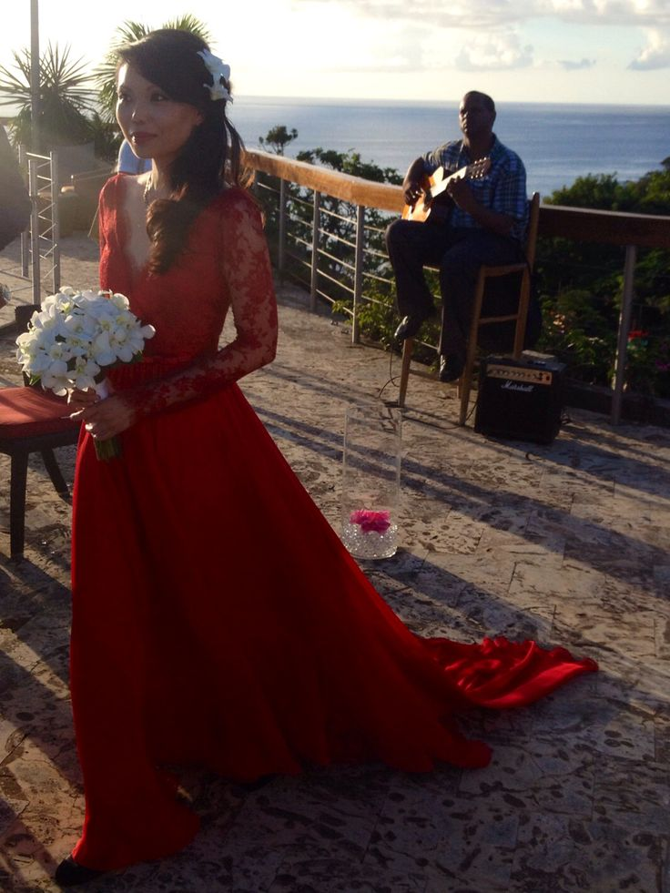 Red wedding dress (salvar para a Maga)