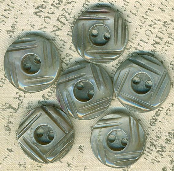 ... Vintage Tinted Gray Carved Mother of Pearl Shell Buttons 5/8 Inch 16mm