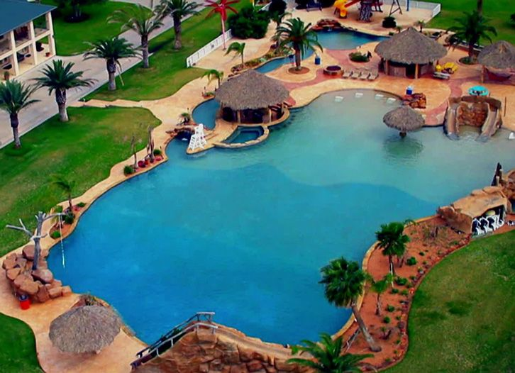 Largest Backyard Pool In Texas :  backyard tropical paradise that features the largest residential pool