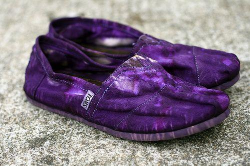 Lovely purple tie dye TOMS at Julia's Poppies Design.