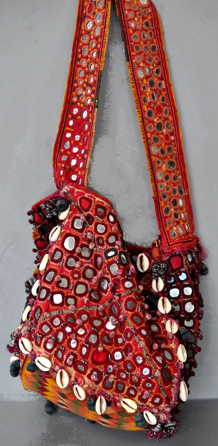 original bunjara bag cowries, metal embroidery , shisha work (collection Linda Pastorino)