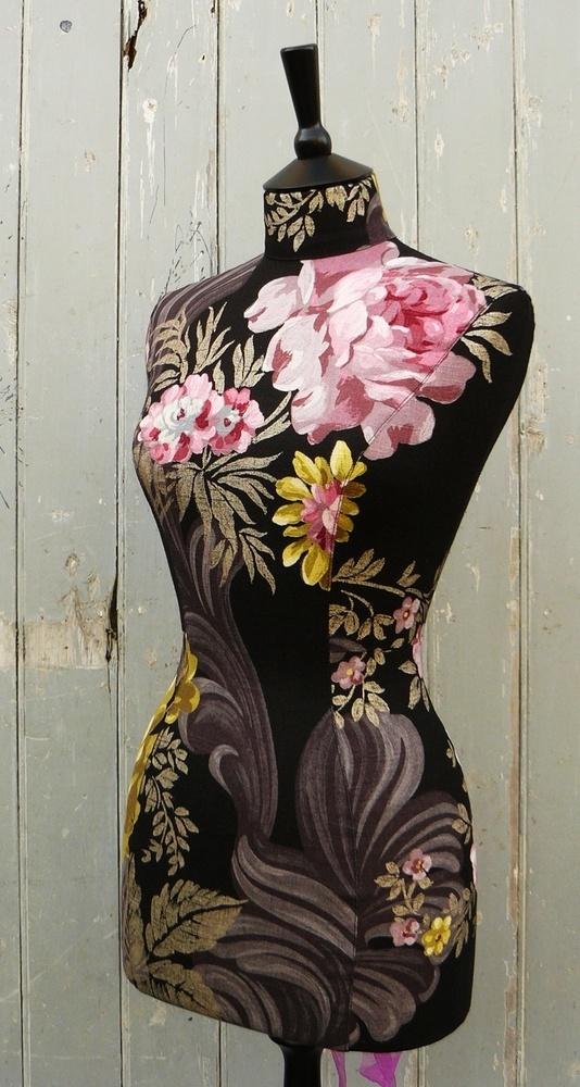 ♥ ♥ цветочные на черном манекен