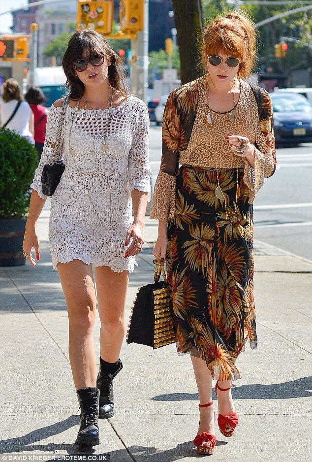 ... Abroad! Florence Welch and Daisy Lowe take Manhattan during aft