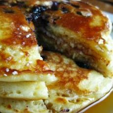 Easy Blueberry Pancakes Recipe http://www.yummly.com/recipe/Easy ...