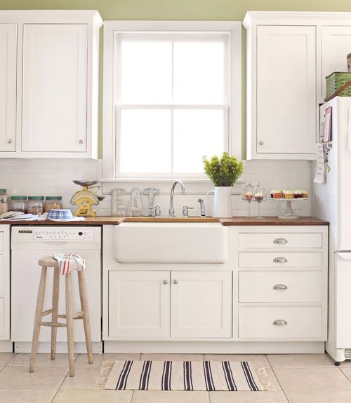 Affordable Farmhouse Sink : ... affordable pulls. The farmhouse sink cost 75-dollar at a flea market