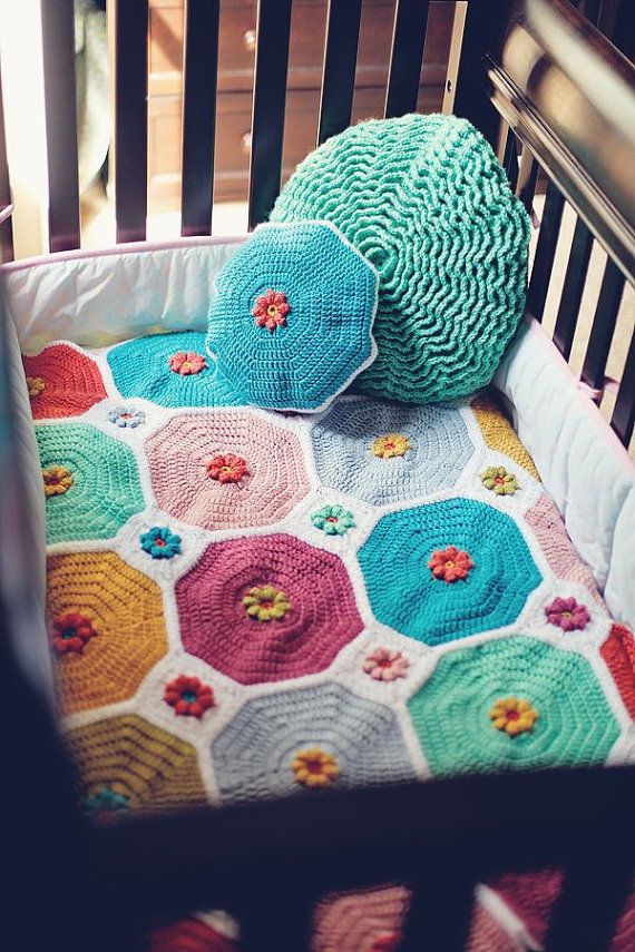 Crochet Quilt Tutorial : CROCHET PATTERN & Video Tutorial - Flower Patch Quilt and Matching Pi ...