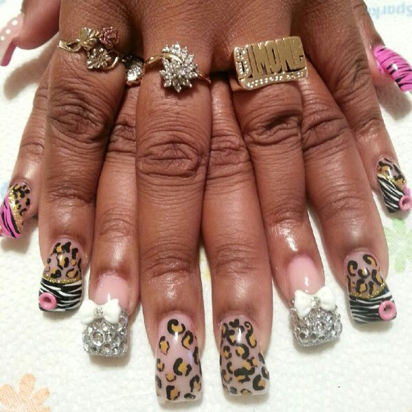 Watch 16 Adorable Bow Nail Designs video