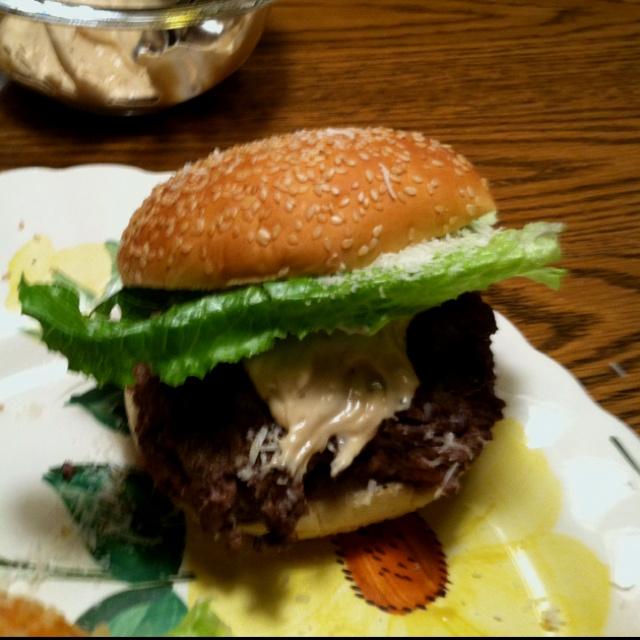 Bobby Flays Caesar salad burger ! | Sammie's | Pinterest