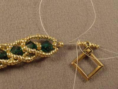 Emerald City Flat Spiral Bracelet Free BeadingPattern