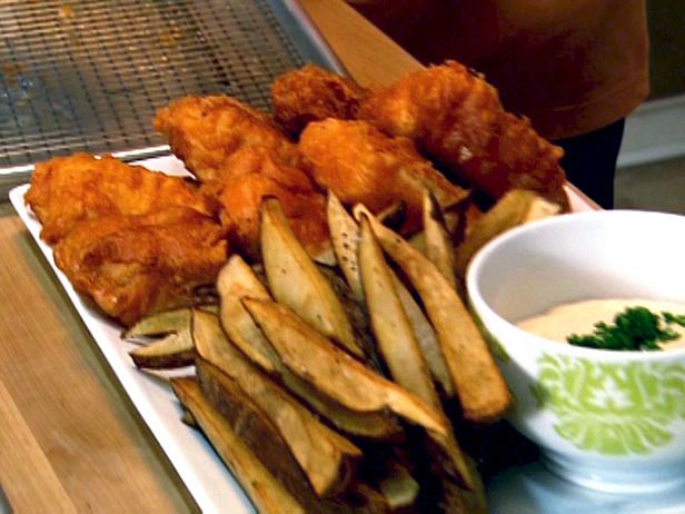 Neely 39 s fish and chips recipe patrick and gina neely for Food network fish recipes