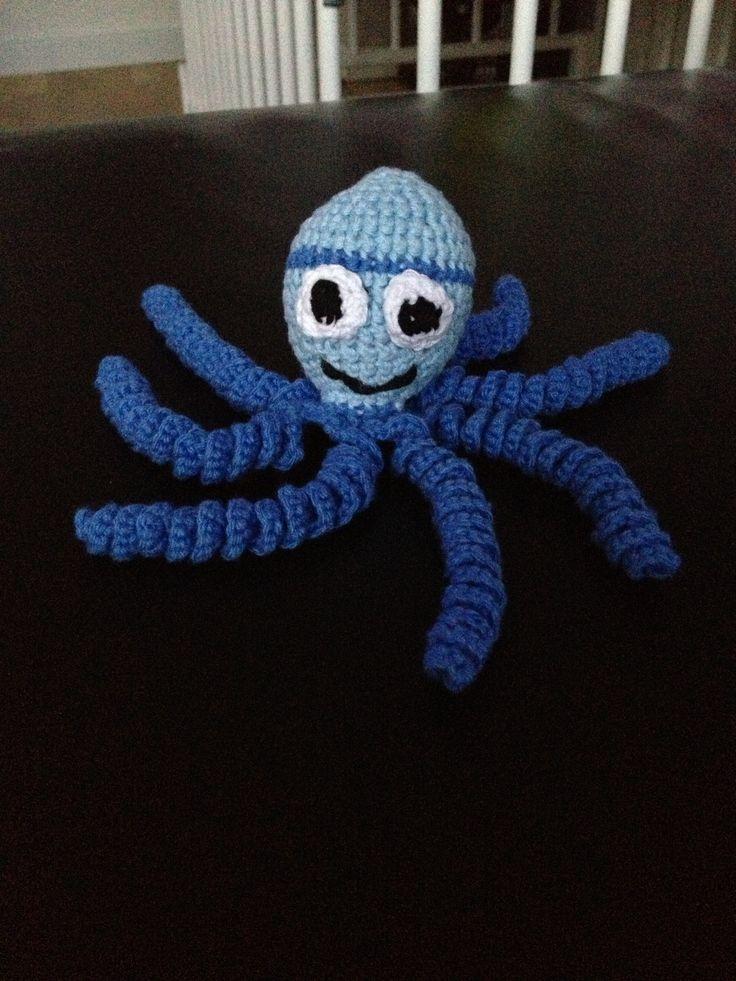 Crochet octopus for the premature babies