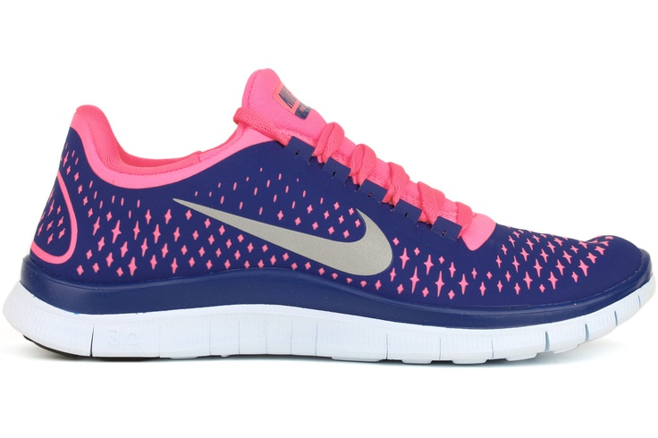 nike free run pink and blue
