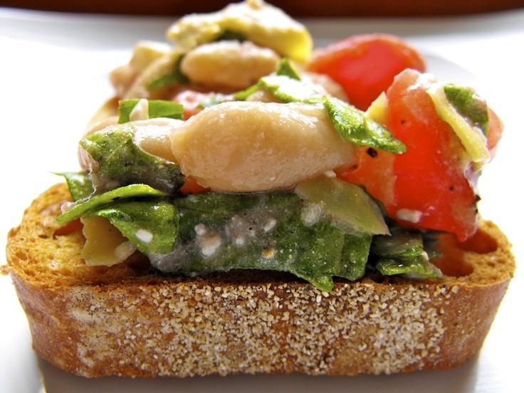 Spinach Artichoke White Bean Crostini | Appetizers, Dips, Salads, Hea ...