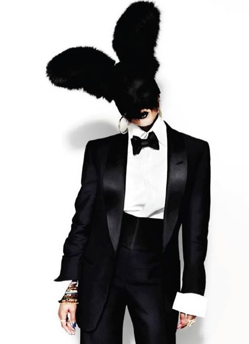 Kelis in Tom Ford (no top hat, no white tie, no tails. But its a Tom Ford tuxedo and I think that is more than adequate!)
