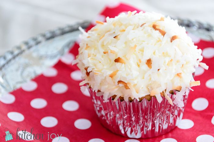 Coconut Cupcakes with Coconut Buttercream | Recipe